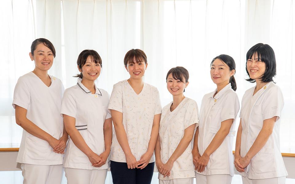 看護部のスタッフたち3
